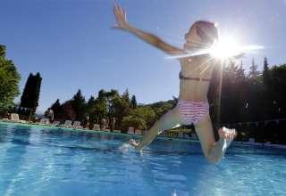 Venez prolonger l'été à la piscine ! 1