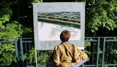 """Derniers jours pour flâner à l'exposition """"Des Chaises et d'Autres"""" au parc de la Schappe 17"""