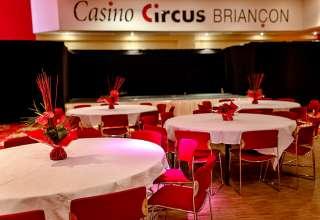 Bals du Casino Circus briancon 1