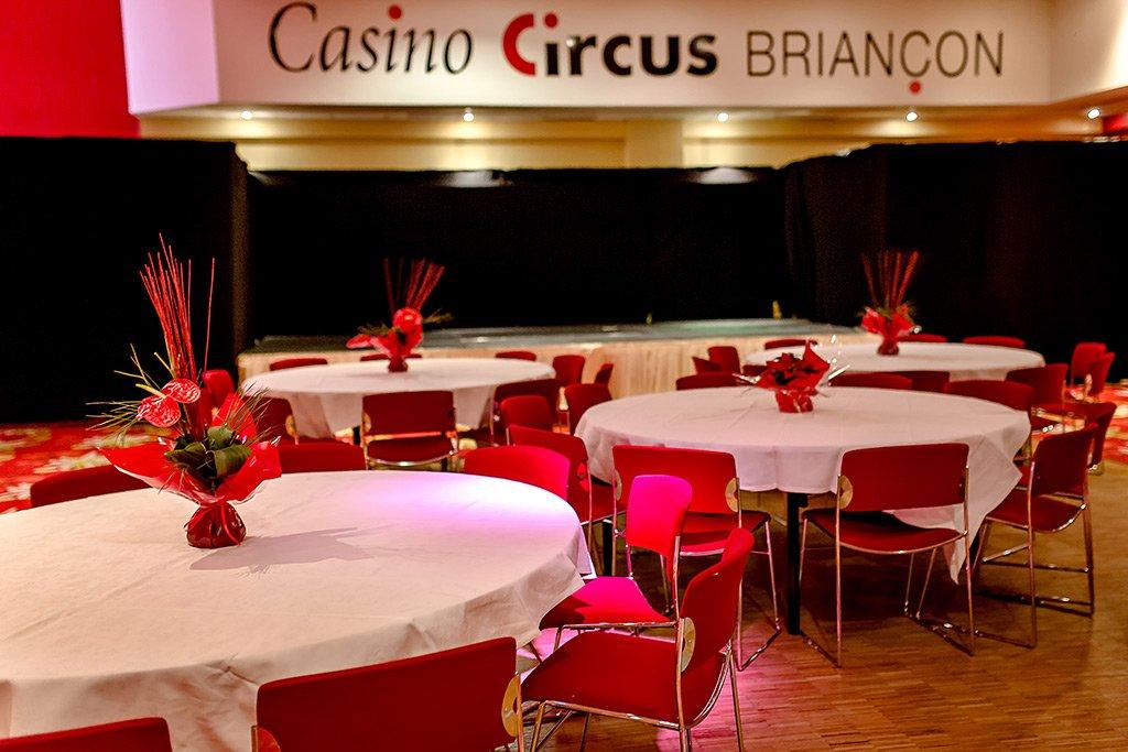 Bals du Casino Circus briancon 7