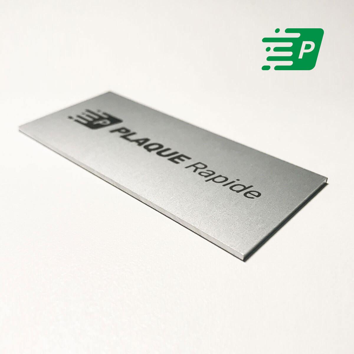 Soignez votre image en créant une plaque professionnelle personnalisée 8