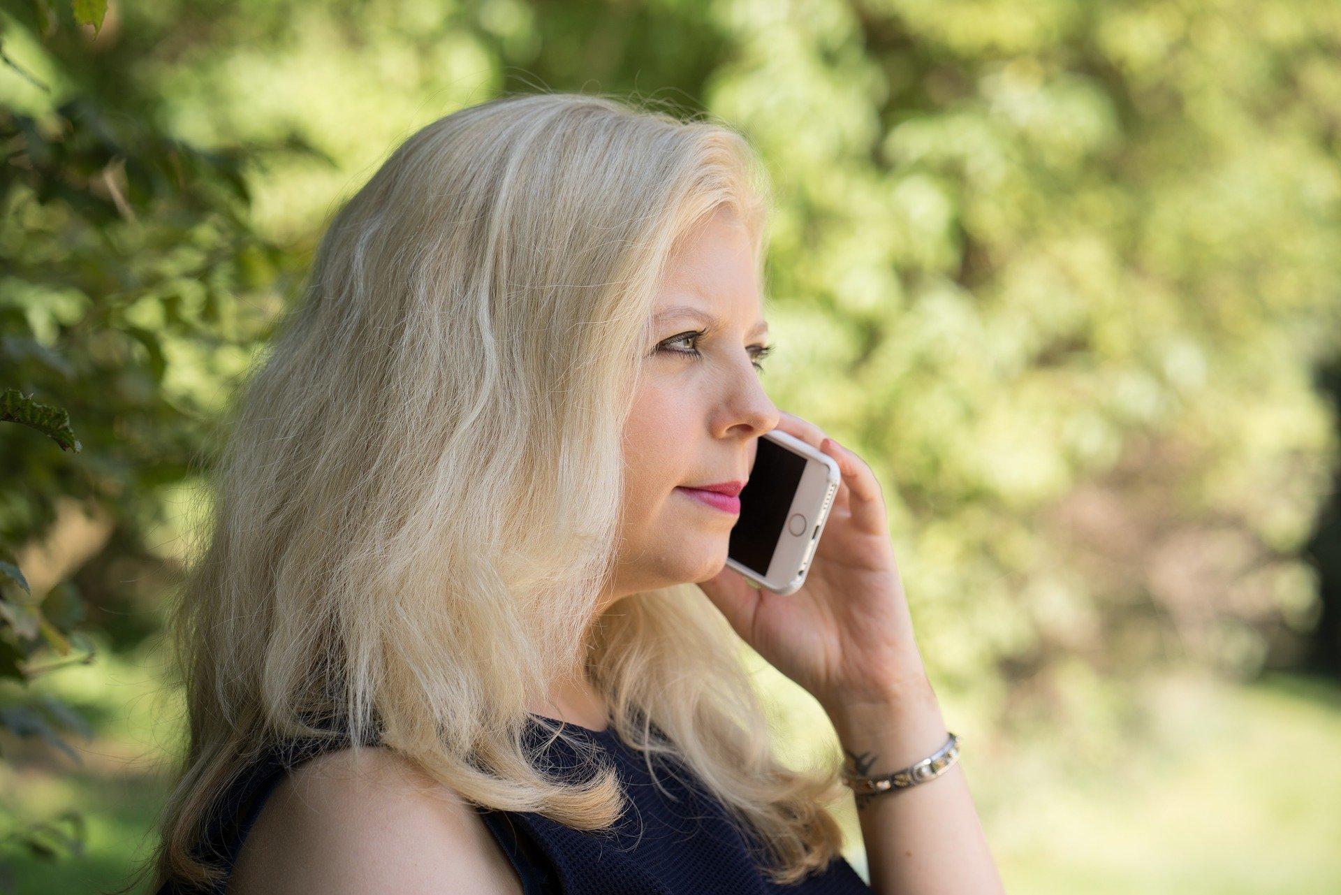 Comment choisir une musique d'attente téléphonique pour maintenir ses clients en ligne? 12