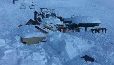 Une avalanche ensevelit un télésiège à Serre Chevalier - www.theriderpost.com 2