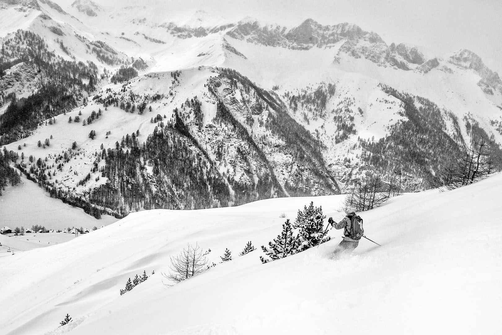 Chalet de Ski à Serre-Chevalier au coeur de la Montagne - www.oceanvagabond.com 1