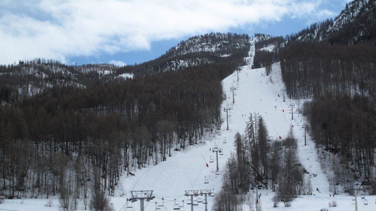 Serre Chevalier : 97 skieurs évacués d'un télésiège en panne à Chantemerle - france3-regions.francetvinfo.fr 28