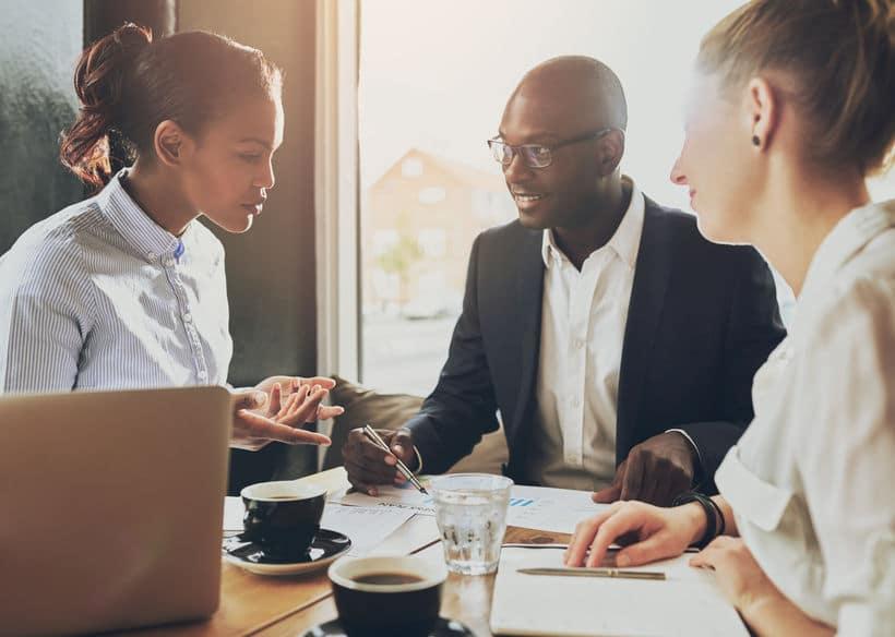 Pourquoi vous devriez suivre régulièrement l'actualité business ? 10