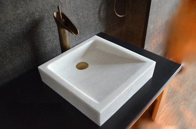 Vasque en pierre naturelle